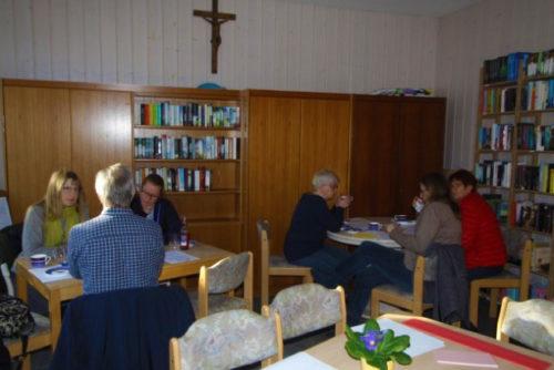Wer engagiert sich für die Umsetzung welches Projektes? Die ersten Arbeitsgruppen finden sich… © Foto: Lehrke